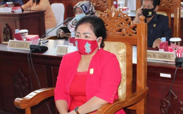 Anggota DPRD Kabupaten Gumas, Lily Rusnikasi.
