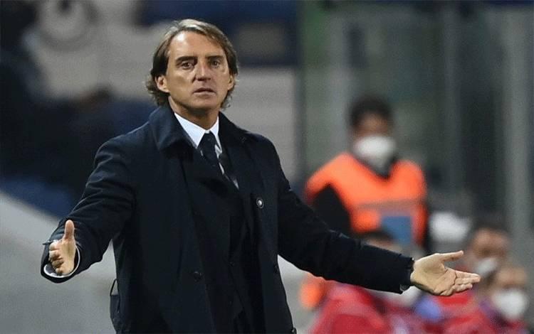 Pelatih timnas Italia Roberto Mancini (Photo by Marco BERTORELLO / AFP) (AFP/MARCO BERTORELLO)