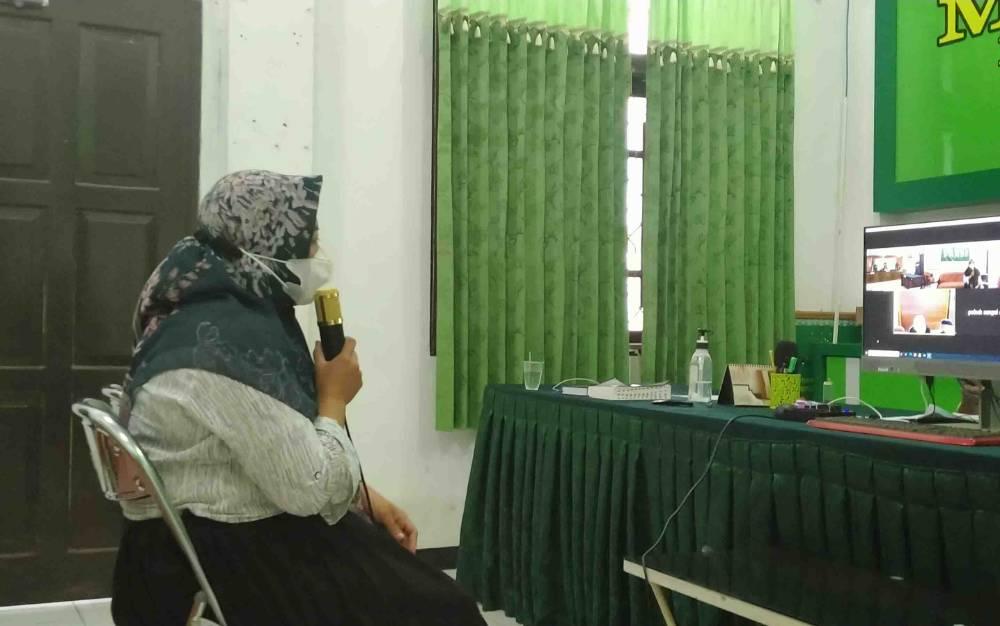 Hidayatun Nur saat jadi saksi dalam perkara Darminto alias Minto terdakwa kasus lakalantas