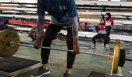 Atlet menjalani latihan. ANTARA FOTO/M Agung Rajasa/wsj.