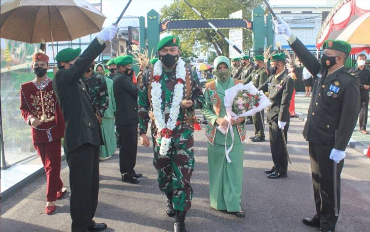 Penyambutan Dandim 1016 Palangka Raya, Kolonel Inf Rofiq Yusup, Rabu 16 Juni 2021.