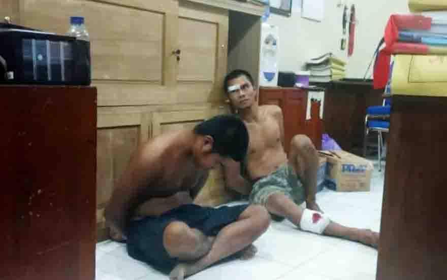 Kedua tersangka saat diamankan di Polres Barito Utara