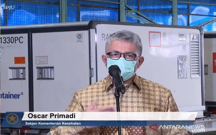 Tangkapan layar dari Sekjen Kemenkes Oscar Primadi usai kedatangan vaksin Sinovac di Bandara Soekarno-Hatta, Tangerang, Banteng, Ahad (20/6/2021). (ANTARA/Prisca Triferna)