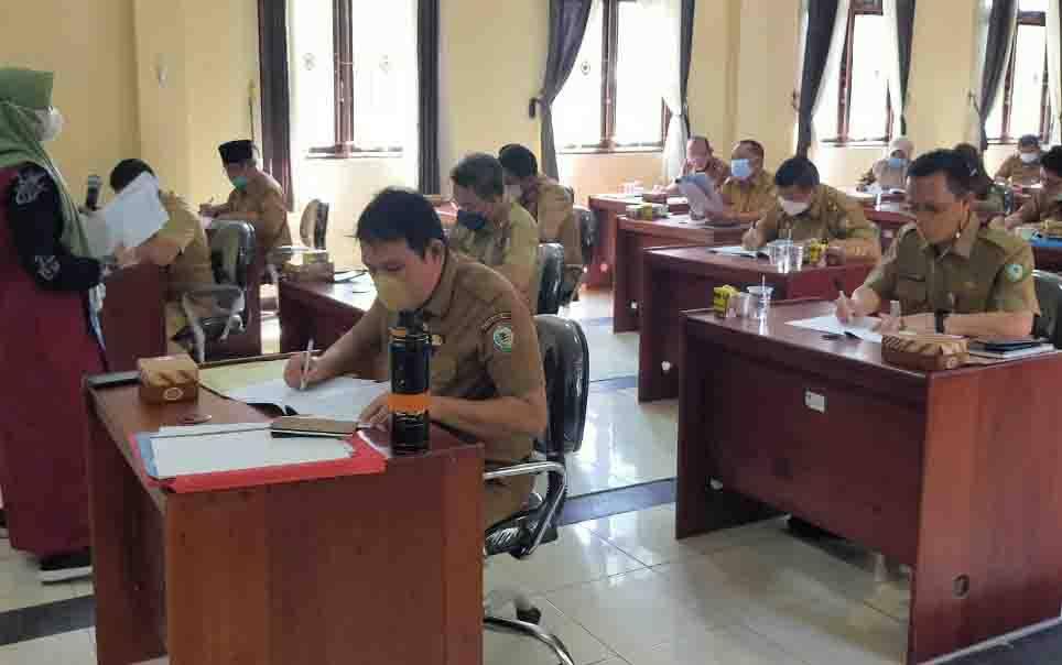 Pejabat Kotim saat mengikuti assessment, sebagai sarat untuk mengikuti seleksi Sekda atau jabatan kepala dinas.