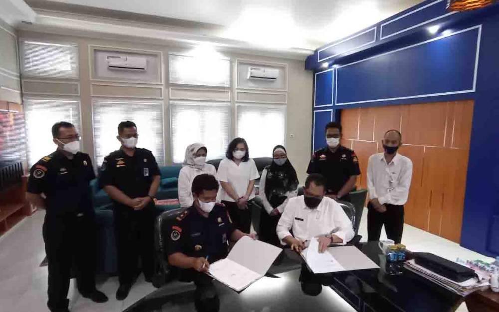 Penandatanganan Perjanjian Kerja Sama (PKS) (Foto:Dislutkan Kalteng)