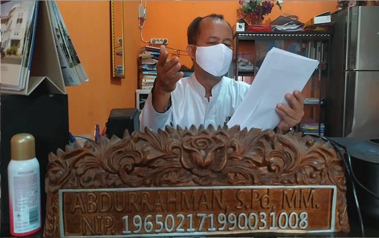 Kepala SMP Negeri 2 Sampit, Abdurrahman