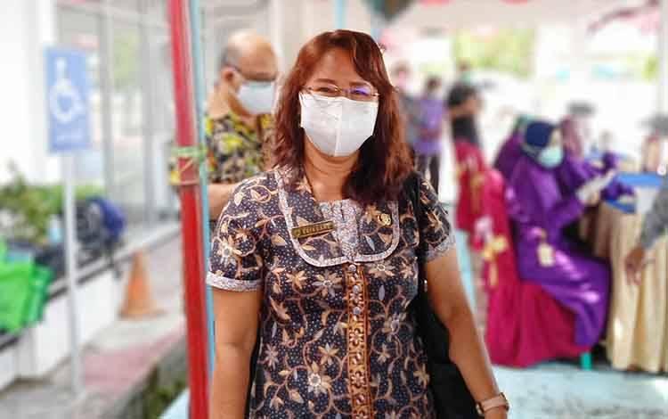 Kabid Pencegahan dan Pengendalian Penyakit Dinas Kesehatan Barito Timur, Enikuane