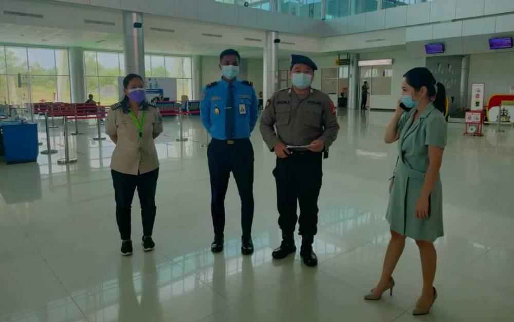 Oknum tenaga medis diamankan di Bandara Tjilik Riwut Palangka Raya.