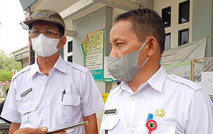 Wakil Bupati Barito Timur, Habib Said Abdul Saleh bersama Ketua Harian Satgas Penanganan Covid-19, Tius Sulle Bani.