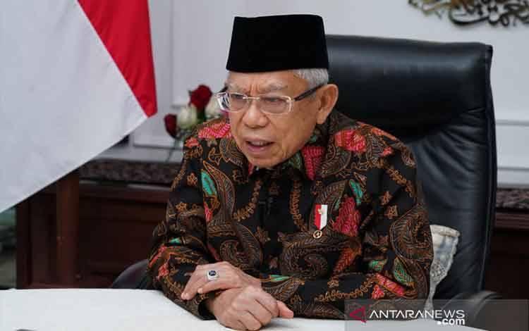 Wakil Presiden Ma'ruf Amin menyampaikan pidato acara Muktamar V Majelis Upaya Kesehatan Islam Seluruh Indonesia (MUKISI) secara daring dari kediaman resmi wapres di Jakarta, Sabtu (21/8/2021). (Asdep KIP Setwapres)
