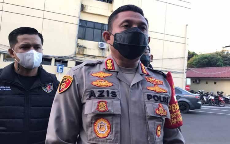Kepolres Metro Jakarta Selatan Kombes Azis Andriansyah menyampaikan keterangannya di Jakarta, Jumat, (17/9/2021)