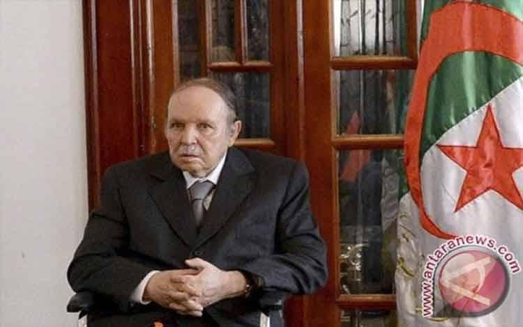 Abdelaziz Bouteflika b(REUTERS/APS/Handout via Reuter)