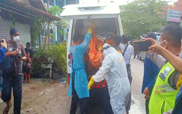 Korban saat dievakuasi ke RSUD dr Doris Sylvanus Palangka Raya