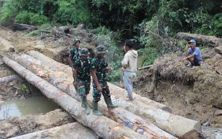 Pembangun jembatan penghubung antar desa di wilayah Kecamatan Mihing Raya, Kabupaten Gunung Mas