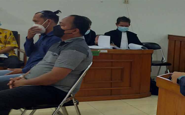 Saksi-saksi saat memberikan keterangan di Pengadilan Negeri Palangka Raya