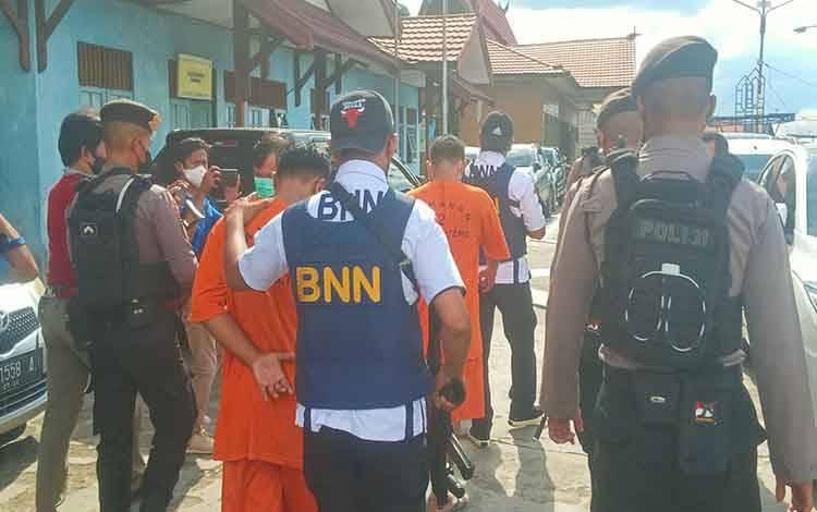Terduga Pengedar di Puntun Ditangkap, 2 Ons Sabu Disita
