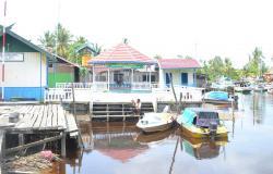 MULAI LANGKA: Saat ini tersisa sebanyak 7 speedboat yang berada di Pelabuhan Sungai Bantu. Sejak jalur darat dari Sukamara menuju Pangkalan Bun muali terbuka, speedboat kian langka