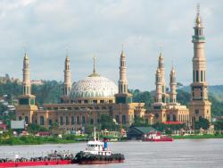 ISLAMIC CENTER : Masjid Islamic Center Samarinda di kelurahan Teluk Lerong Ulu, Kota Samarinda, Kalimantan Timur, merupakan masjid termegah dan terbesar kedua di Asia Tenggara setelah Masjid Istiqlal. Sementara itu, Pemkab Barsel bakal membangun Islamic Center pada 2016 mendatang.
