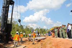 SERAP ANGGARAN : gBupati Bartim Ampera AY Mebas bakal mulai menggenjot penyerapan anggaran pascatriwulan pertama dengan pengerjaan infrastruktur. Di samping itu, dirinya menginginkan perencanaan skala besar dilaksanakan di APBD Perubahan