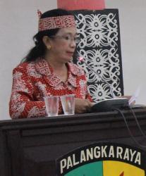 Ana Agustina Elsye Juru Bicara Bapemperda DPRD Palangka Raya