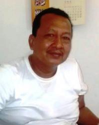 SUKSES BERBISNIS: Pemilik PT Lintas Samudra Kalimantan H Joko Slamet berbagi cerita mengenai kunci kesuksesannya menjalankan bisnis kepada wartawan, Sabtu (28/3).
