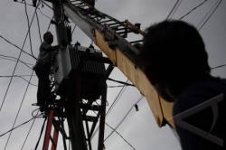 UPAYAKAN TRAFO: Trafo di rumah sakit yang berkapasitas 175 kVA mengalami kerusakan. PLN Pangkalan Bun berencana akan menggantinya dengan trafo 500 kVA.