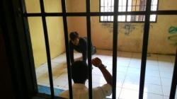 DIBUI LAGI: Muhripin yang lima bulan lalu bebas dari penjara karena pencurian uang, kini kembali ke bui karena pencurian kendaraan bermotor di Kecamatan Belantikan Raya.