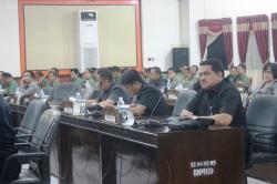 SIDANG DPRD: Kalangan legislatif Bartim menghimbau kepada seluruh SKPD untuk membuat perhitungan riil target PAD.
