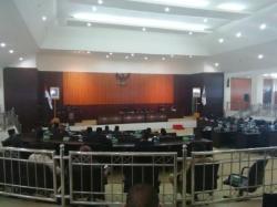 PARIPURNA : Suasaan rapat paripurna Dewan Perwakilan Rakyat Daerah Murung Raya, Rabu (1/4). Pada rapat itu juga dibentuk tim ahli fraksi DPRD yang diambil dari kalangan akademisi.