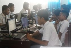 Sukses UN Online SMKN 2 Siapkan Ujian Sekolah Online