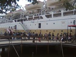 MUDIK: Antisipasi lonjakan penumpang jelang mudik lebaran tahun ini di pelabuhan Panglima Utar Kumai, Kantor Kesyahbandaraan dan Otoritas Pelabuhan (KSOP) Kumai telah mengirimkan surat usulan penambahan armada ke Kementrian Perhubungan di Jakarta.