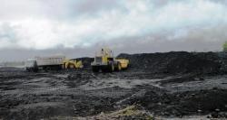 TAMBANG BATU BARA : Aktivitas salah satu perusahaan tambang batu bara di Kabupaten Barito Timur. Berdasarkan pengaduan oleh warga, anggota DPRD Bartim membeli nilai merah kepada para investor karena dinilai tak mendukung kesejahteraan masyarakat dan percepatan pembangunan daerah.