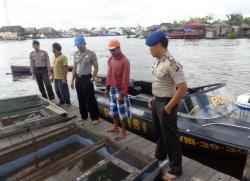 Satpolair Sukamara terus mengintensifkan pengamanan perairan di wilayah hukum Sukamara melalui Satgas V Sikat Illegal Fishing