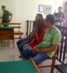 DIADILI : Tiga warga Banjarmasin diadili di pengadilan negeri karena telah terbukti melanggar Perda Ramadan, Selasa (30/6)