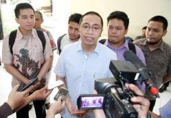 MENDESAK : Kuasa hukum PSSI Aristo Pangaribuan mendesak Menpora Imam Nahrawi untuk mengeksekusi putusan sela PTUN yang memerintahkan untuk mencabut pembekuan induk organisasi sepakbola Indonesia itu.