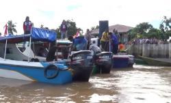 CEK KESEHATAN: Dinas Perhubungan, Komunikasi, dan Informatika (Dishubkominfo) Kota Banjarmasin, Kalimantan Selatan (Kalsel) melakukan cek kesehatan kepada para motoris transportasi sungai yang melayani angkutan mudik.