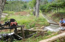 Mantap! Desa Terisolasi di Seruyan Ini Bangun Pembangkit Listrik Sumberdaya Air dari Dana Desa