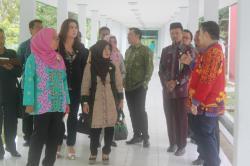 KUNJUNGI RUMAH SAKIT: Sejumlah anggota DPRD Provinsi Kalimantan Tengah saat mengunjungi Rumah Sakit Umum Daerah dr Murjani, Sampit, Kabupaten Kotawaringin Timur, beberapa waktu lalu.