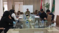 Ketua Umum DPP PPP Munas Jakarta Djan Faridz (tengah) ketika menerima rombongan KPU dan Bawaslu Kalteng dalam rangka verifikasi faktual, Kamis (20/8/2015).