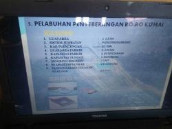 PELABUHAN RORO : Spesifikasi Pelabuhan Roro di laptop milik salah seorang pegawai Dishubkominfo Kobar saat acara rapat koordinasi Peresmian Pelabuhan Roro di Kantor Pemkab Kobar, Selasa (25/8/2015) lalu.