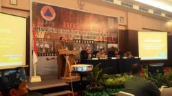 PAPARAN PEJABAT GUBERNUR: Hadi Prabowo, Pejabat Gubernur Kalteng, mengungkapkan Kalteng belum punya SOP menghadapi bencana kebakaran hutan dan lahan (karhutla) dalam rapat evaluasi penanganan karhutla di Palangka Raya, Selasa (24/11/2015).