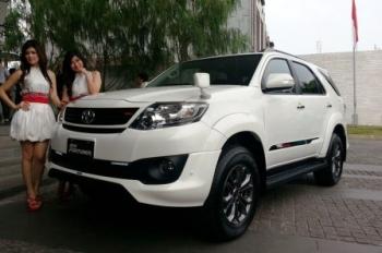 Hingga Triwulan III 2019, Penjualan Mobil Turun 12 Persen