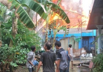 Rumah Pengantin di Muara Teweh  Ludes Terbakar