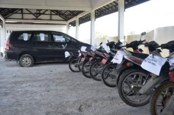 RUSAK : Sejumlah kendaraan dinas milik Pemerintah Kabupaten Sukamara tidak lagi digunakan untuk operasional akibat mengalami kerusakan.