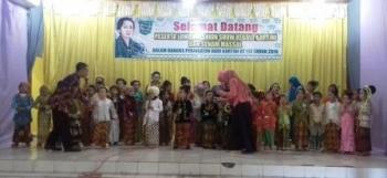 Meriahkan Hari Kartini ke-137 dengan Lomba Fashion Show