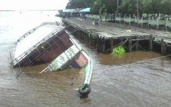 Kapal Susur Sungai Seharga Rp1,6 Miliar Karam