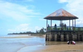 Wisata Pantai Sukamara jadi Penyangga TNTP