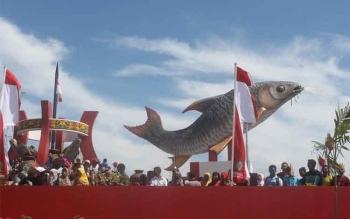 Kembangkan Ikan Jelawat Melalui Program Tumpangsari