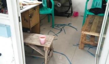 Tempat pos petugas keamanan yang disekap. BORNEONEWS/BUDI YULIANTO