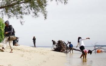Yok, Mengenal Taman Wisata Alam Tanjung Keluang